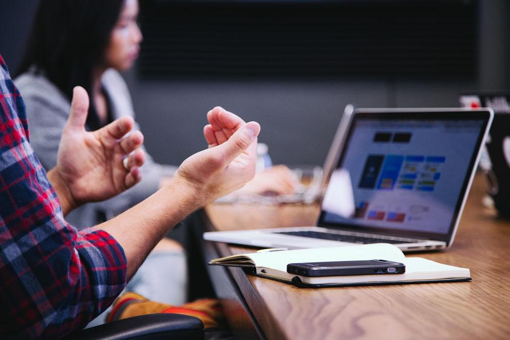 دیجیتال مارکتینگ - فروش آنلاین - خریدآنلاین - تجربهی کاربری - بهبود تجربهی مشتری