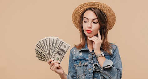آیا پول میتواند شادی بیاورد؟