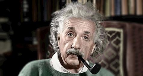زندگینامۀ تصویری آلبرت انیشتین فیزیکدان برجستۀ تاریخ