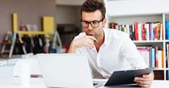 چرا بهتر است که متخصصان جوان، آخر هفتهها کار کنند؟