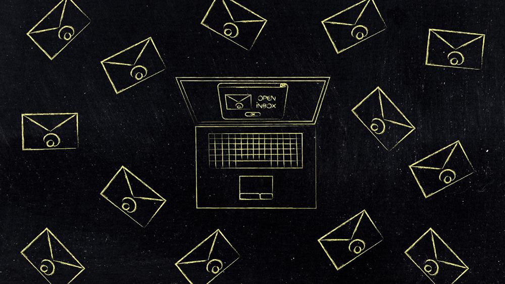 پیشرفت مدیران موفق - پاسخ به ایمیلها