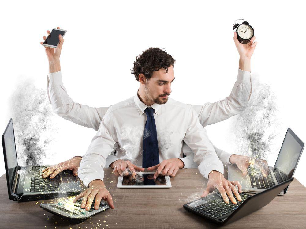 اتلاف وقت - دوری از موفقیت - انجام کارها به صورت همزمان