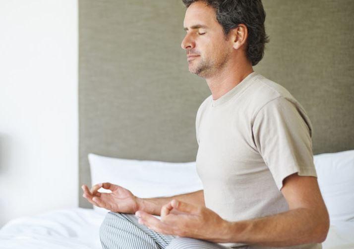 تمرین یوگا برای بهبود خواب