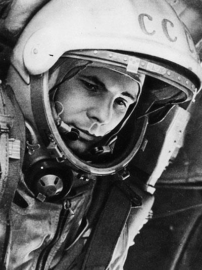 سفر یوری گاگارینفضانورد روسی به فضا