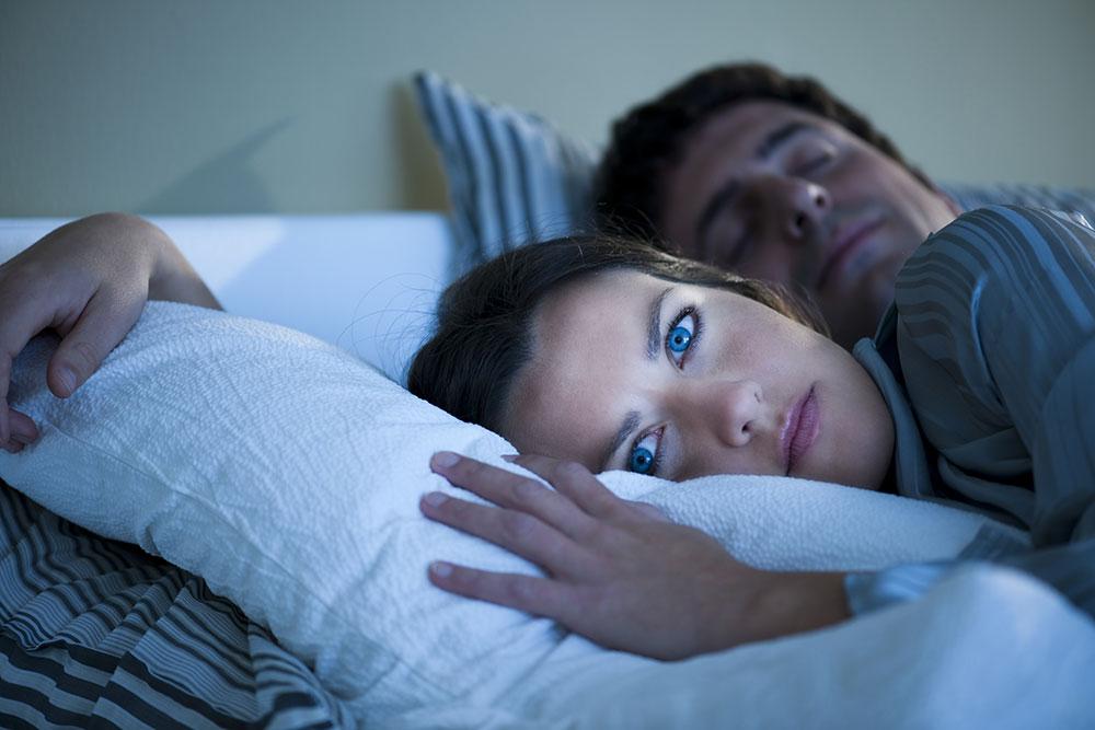 9 درمان طبیعی برای بی خوابی