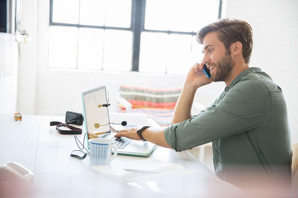 چگونه بهترین ارتباط را با کارمندان دورکار برقرار کنیم