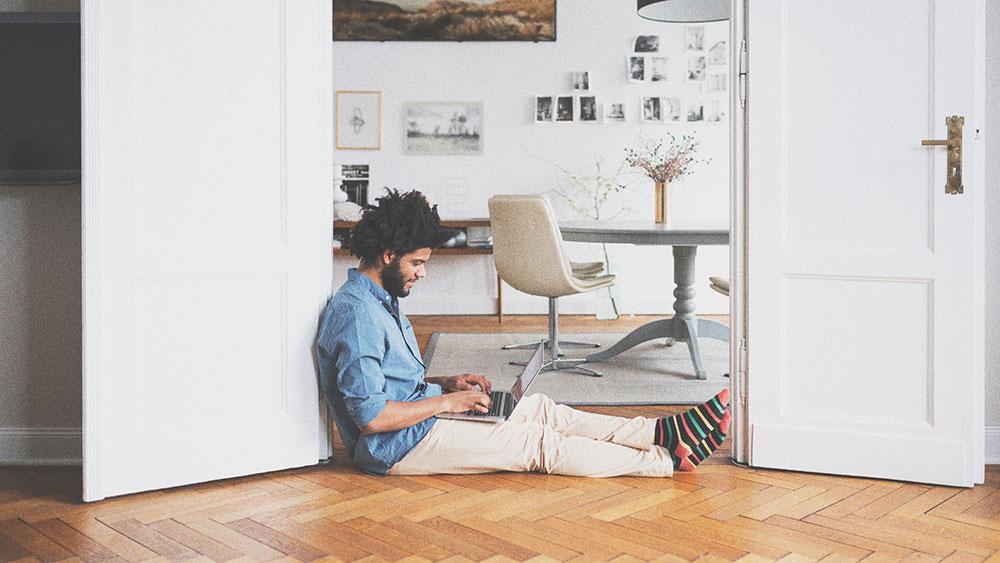 چگونه هنگام کار در منزل، بیشترین بهره وری را داشته باشیم؟