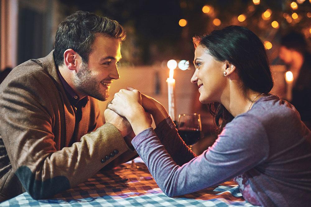 در اولین قرار عاشقانه درمورد چه مسائلی صحبت کنیم؟