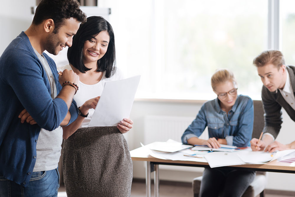 راهکارهایی برای جذب و پیوستن به حرفهایها