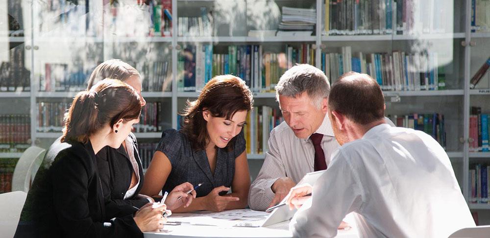 چگونه در مدیریت تیم دورکار موفق شویم؟