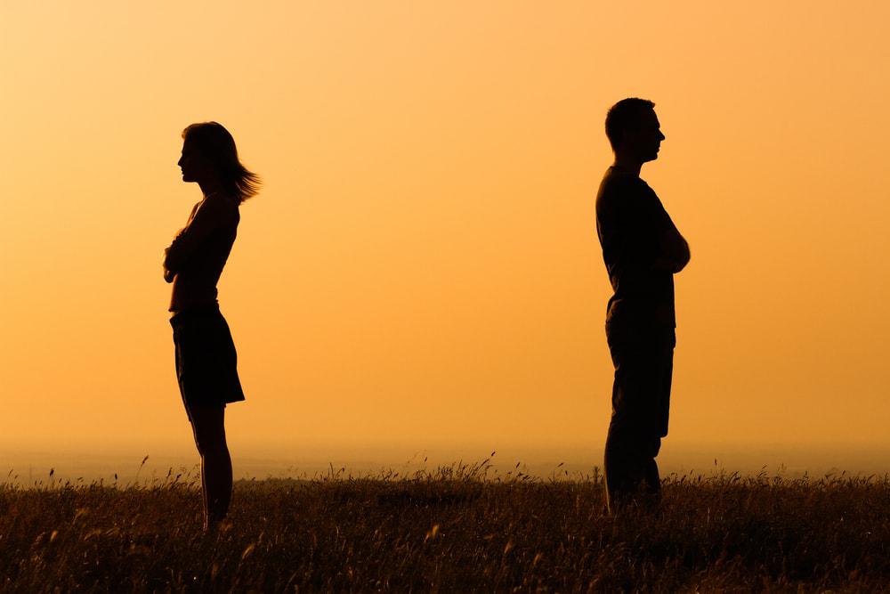 چگونه اختلافات زناشویی را حل کنیم و رابطه ی بهتری داشته باشیم؟