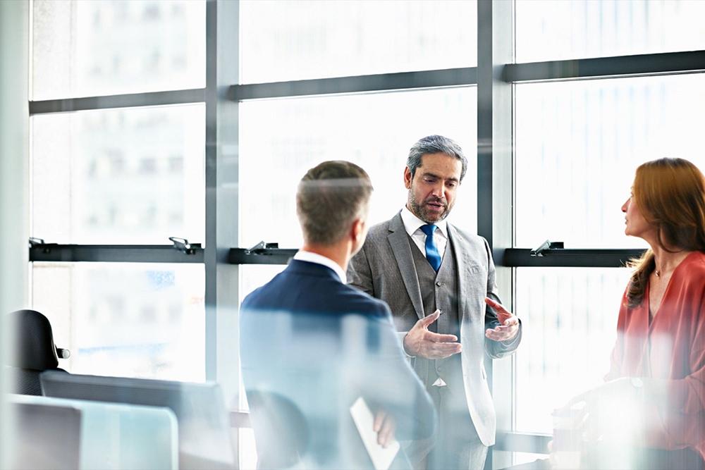 رهبران کارآمد با داشتن چه عادتهایی به بهترین نتیجه میرسند؟