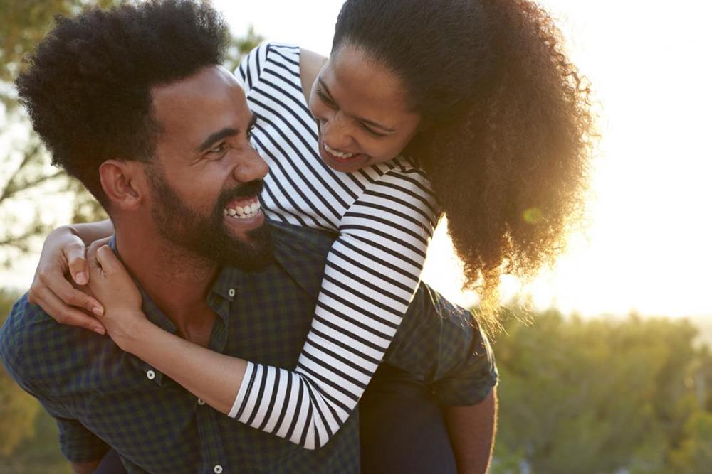 چطور ارتباط مثبتی با همسرمان برقرار کنیم؟