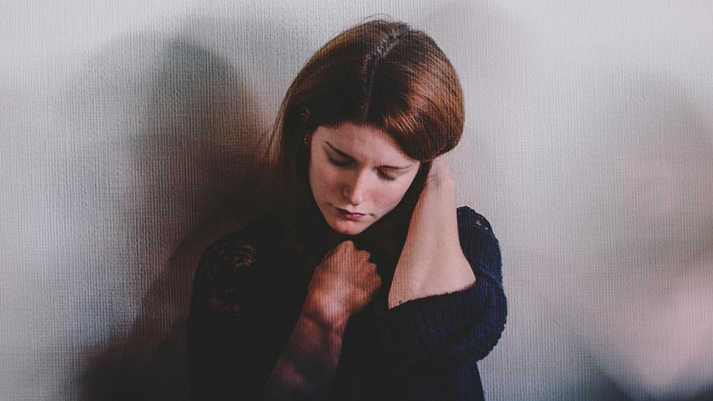 13 نکته ی مهم برای رابطه عاشقانه با فردی که اضطراب مزمن دارد!