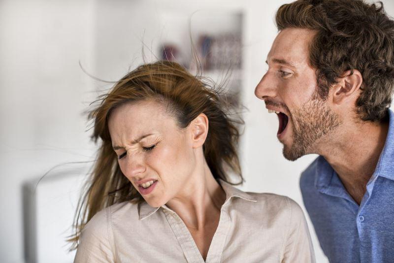 زناشویی - تحقیر - توهین