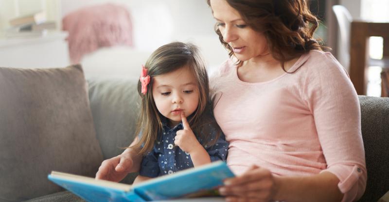 کتاب خواندن - وقت گذرانی با فرزند