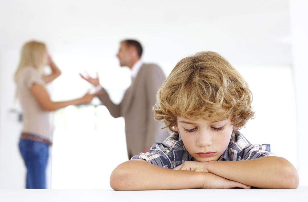 رابطه زناشویی - دعوا در مقابل فرزندان