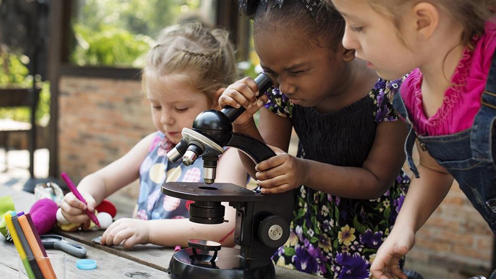 آزمایش علمی - وقت گذرانی فرزند بدون تکنولوژی