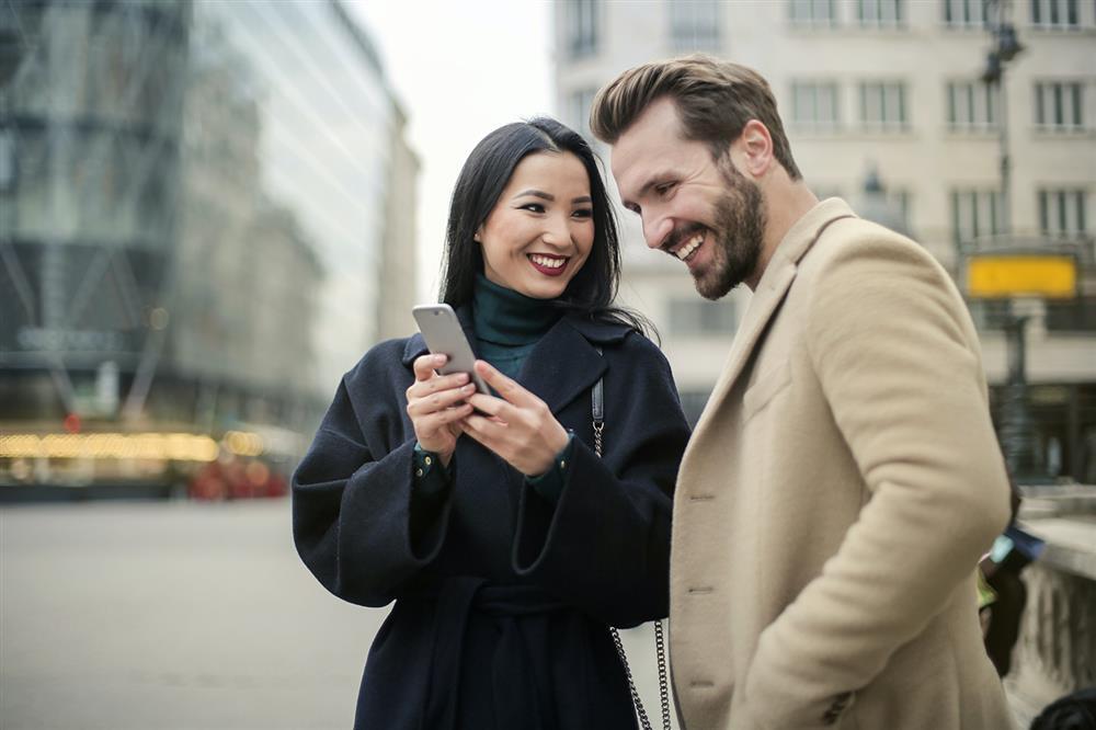 مرور خاطرات - خاطرات شیرین - زوج درمانی - زوجهای موفق - زندگی شاد