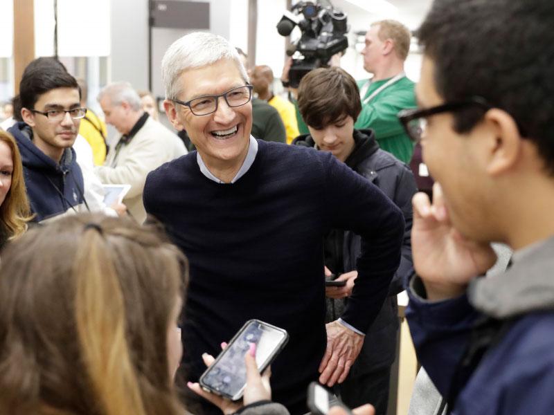تیم کوک - اپل - مدیرعامل اپل - توصیه مدیران موفق به جوانان - نصیحت رهبران بزرگ