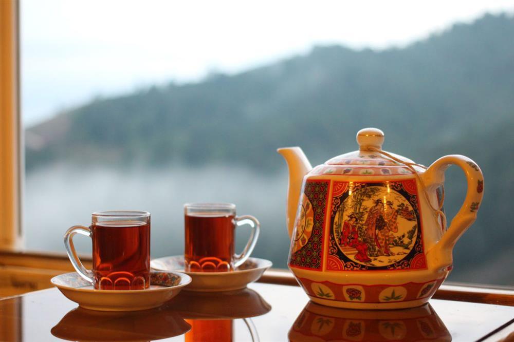 چای - قهوه - چای نوشیدن - چای دونفره - زوج های خوشبخت - بهبود زندگی مشترک - زندگی دونفره