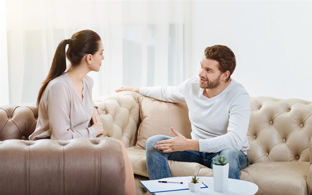 صحبت جدی - جدی صحبت کردن - بحث بین زوجین - زوج های خوشبخت - بهبود زندگی مشترک - زندگی دونفره