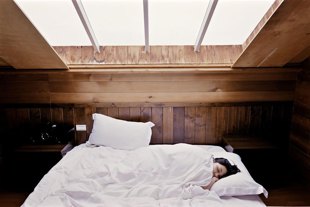 خوابیدن - خواب کافی -  اهمیت دادن به خود - زمان من - به خودت اهمیت بده