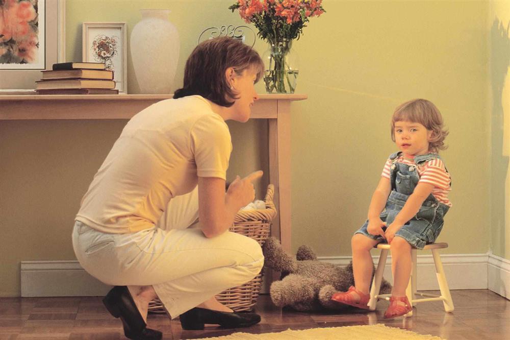 سرزنشگری - توقع بالا - والدین بد - والدین سمی - تربیت کودک