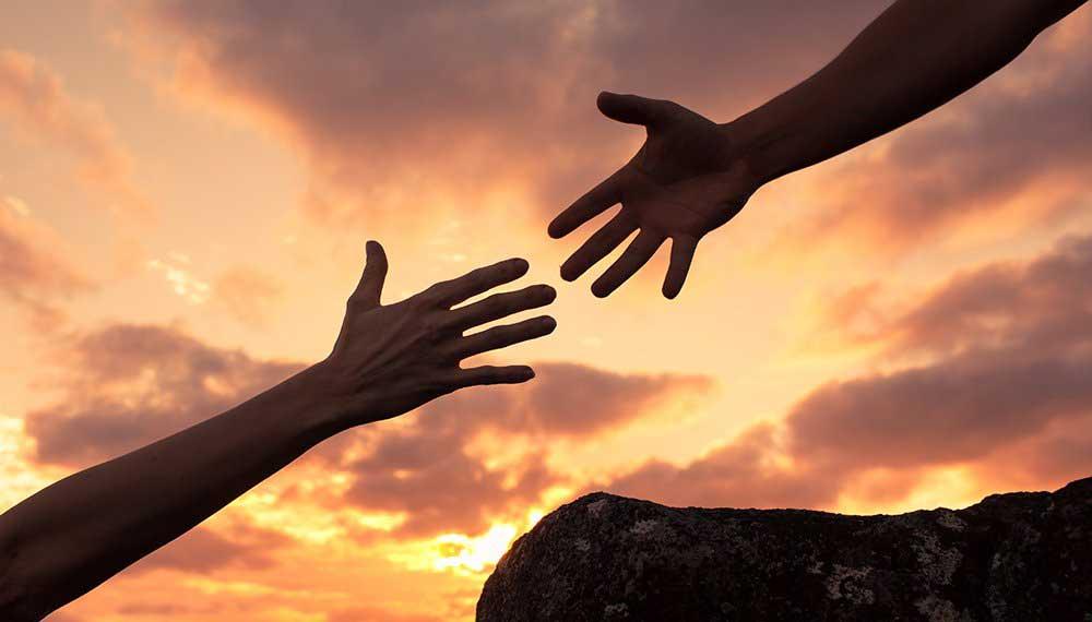 کمک - کمک به دیگران - کمک کردن - زندگی سالم - تنفر از زندگی - دوست داشتن زندگی