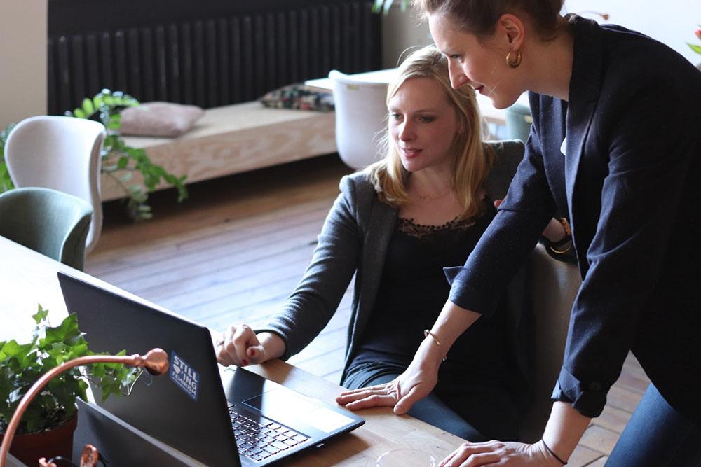 ارتباط غیرکلامی - فروش موفق - زبان اندام - بادی لنگوویج - بازاریابی