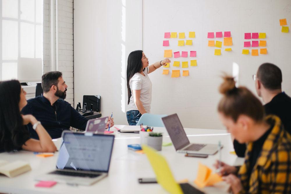 توسعه کسب و کار - راههای افزایش فروش - ترفند افزایش فروش - تکنیکهای فروش بیشتر