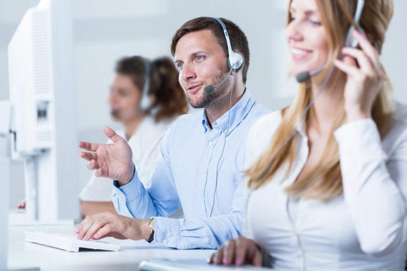 تکنیکهای بازاریابی تلفنی - رموز بازاریابی تلفنی - فروشنده تلفنی
