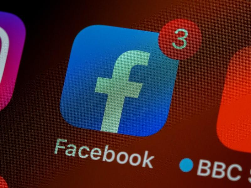 فیس بوک -شبکه اجتماعی-صفحه مجازی